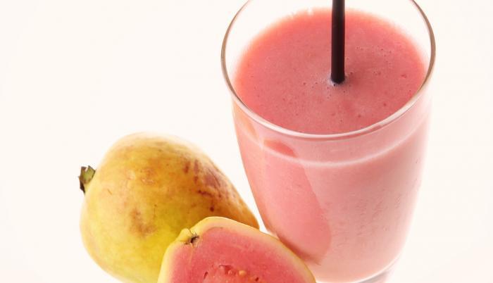 La guayaba es la fruta más rica en vitamina C.