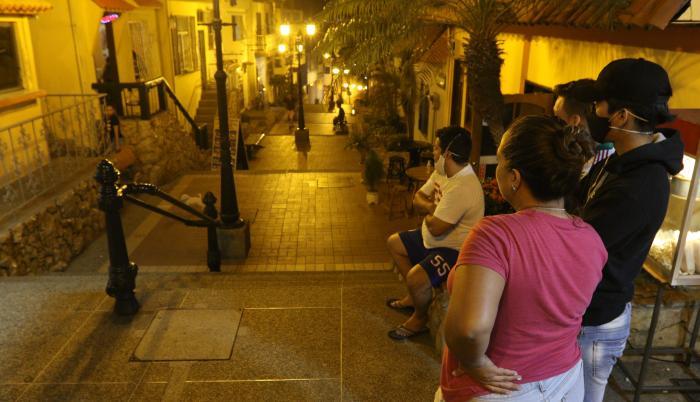 Los vecinos de las escalinatas claman planes de reactivación para subsistir y a la vez hacer que cese la inseguridad en el sector.