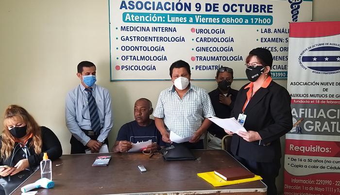 Colectivos sociales reclaman audiencia al ministro de Salud.