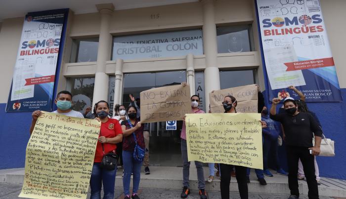Protesta Colegio Cristóbal Colón