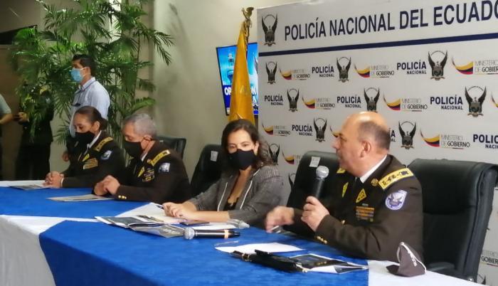 María Paula Romo, ministra de Gobierno, en rueda de prensa en Guayaquil.