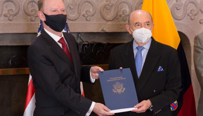 Embajador- Estados Unidos- extinción
