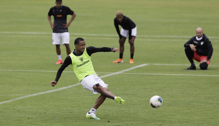 Independiente-Del-Valle-entrenamiento-futbol