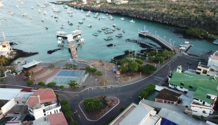 Isla Santa Cruz_Puerto Ayora_Galápagos