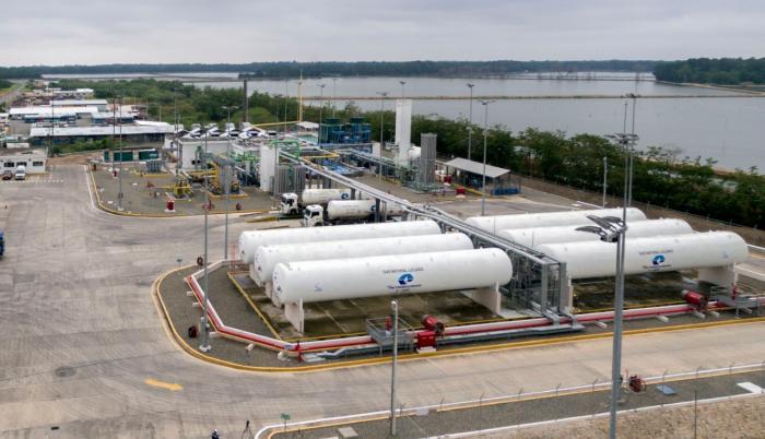 La planta de licuefacción de gas natural, Bajo Alto.