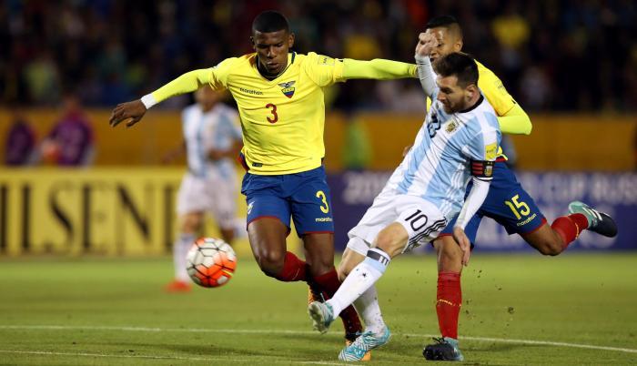 Argentina-Ecuador-Messi-Arboleda