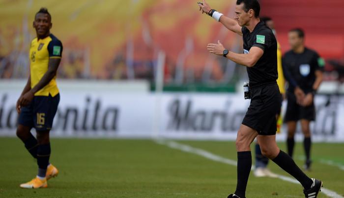 Wilmar-Roldán-VAR-Eliminatorias-Ecuador