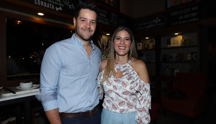 Gaby Díaz con su esposo Carlos Luis Andrade.