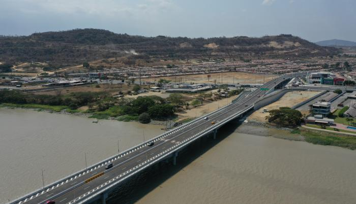 puentes daule guayaquil