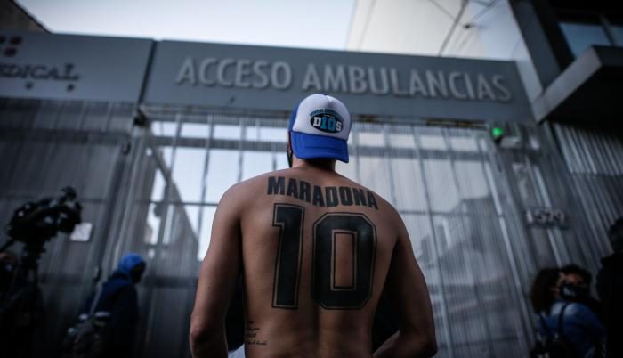 Maradona-Hospital-Internado-Operación