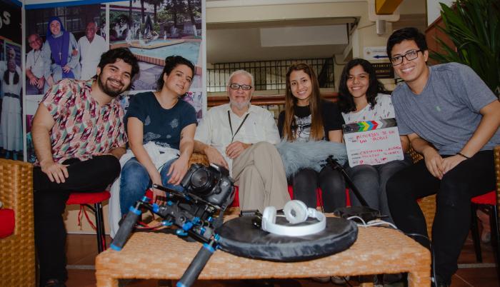 Estudiantes que participaron en la realización del cortometraje