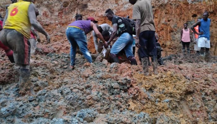 minas en san lorenzo 33