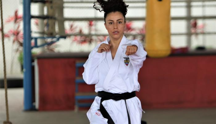 Jacqueline Factos karate Ecuador