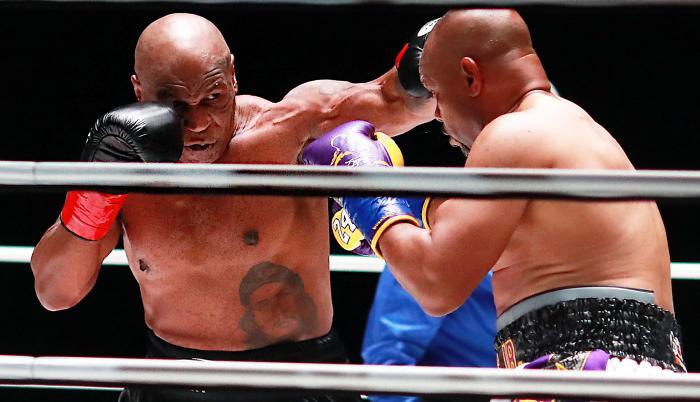 Mike-tyson-pelea-ring