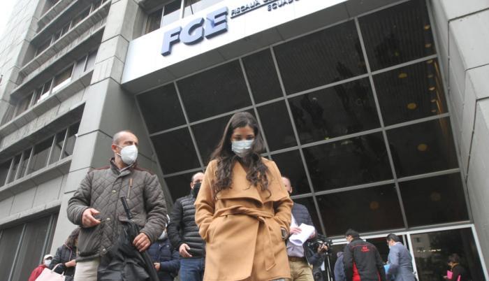 Fiscalía-CPCCS- denuncia- respiradores