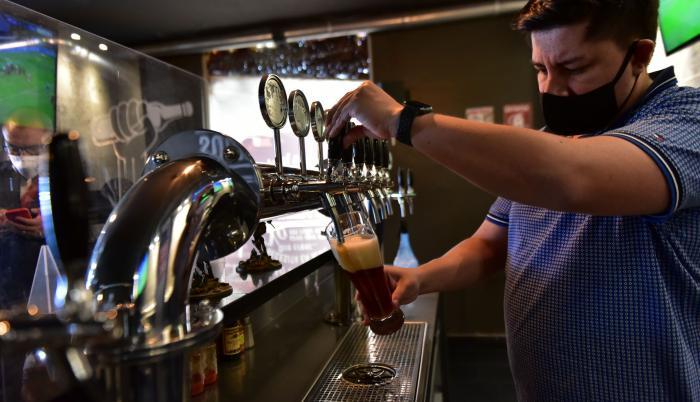 cerveza artesanal  (32843528)