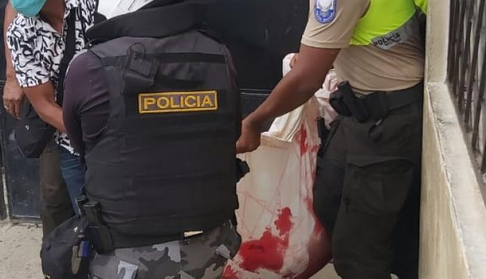 PRESOS MUERTOS ESMERALDAS