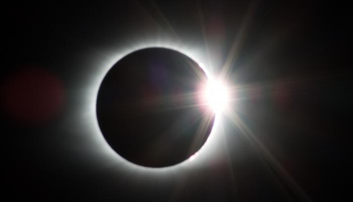 eclipse-2695630_1920