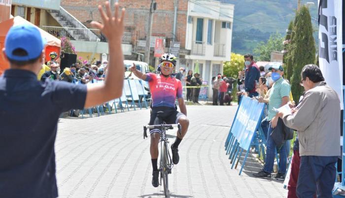 Franklin Revelo Team Jonathan Caicedo