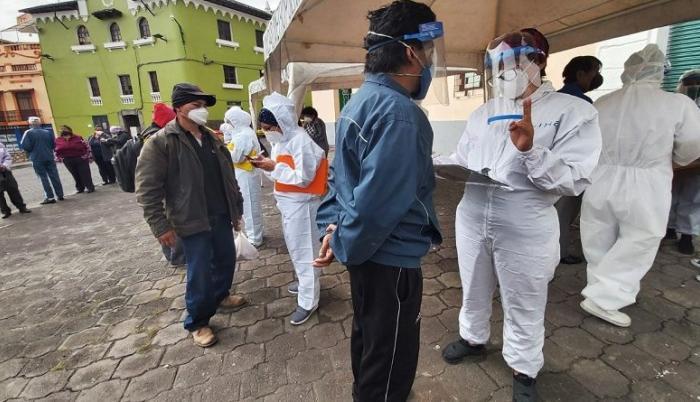 El Municipio habilitó brigadas comunitarias en varios puntos de Quito.