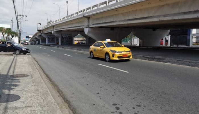 Taxis pierden carreras por las medidas de restricción recientes.