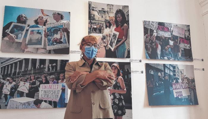 a sala exhibe parte del archivo de la lucha del colectivo y de los horrores a los que se enfrentaron.