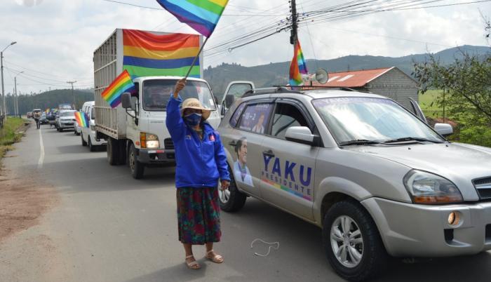 Caravana de Yaku Pérez en Cuenca, el primer día de campaña, 31 dic. 20