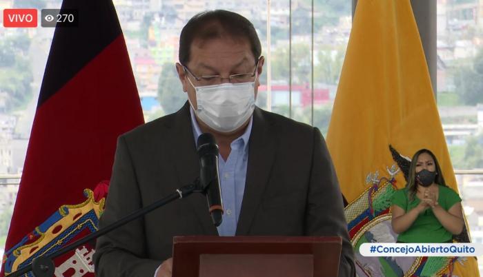 Santiago Guarderas tomó el control de la sesión.