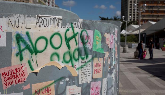 Fotografía que muestra un grafiti que dice