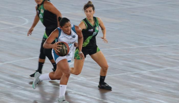 Victoria Cogarol liga femenina baloncesto