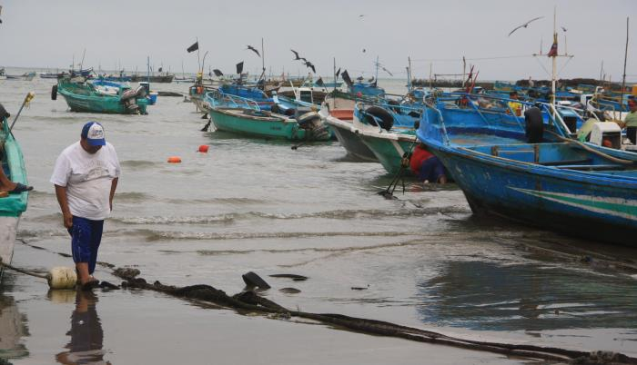 Los pescadores aseguran estar cansados de tantos robos