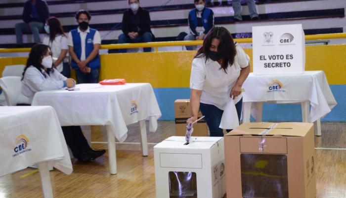 CNE- elecciones- horario- simulacro