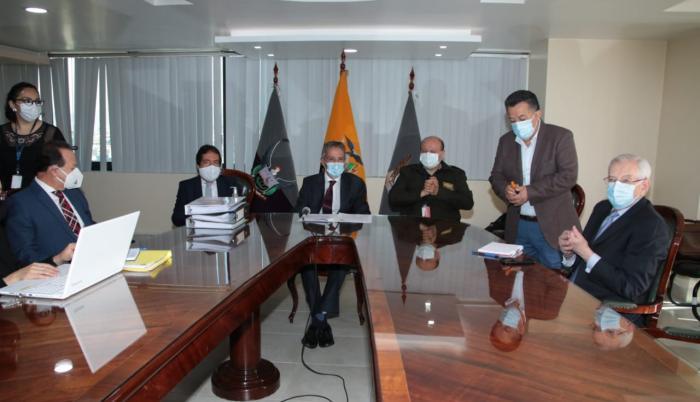 Varios integrantes del Isspol acudieron al encuentro.
