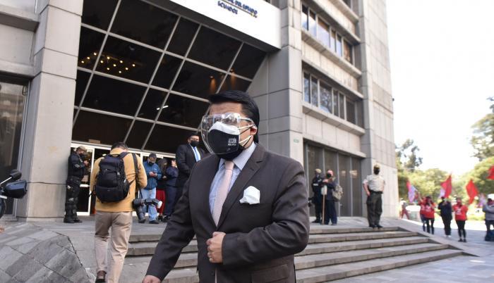 Santiago Machuca puso una demanda contra el ministro Zevallos.