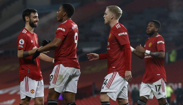 Manchester United vs  (32999425)