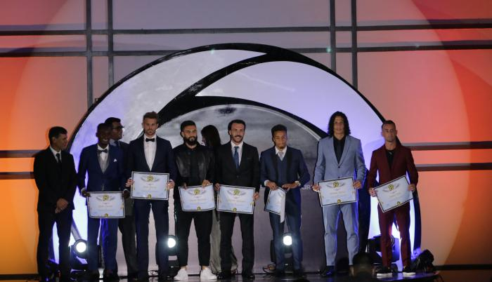 LigaPro-moda-fútbol-premiados