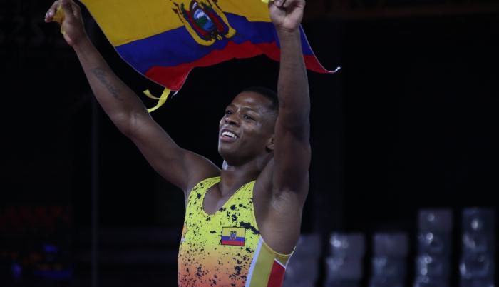 Andrés Montaño lucha Ecuador