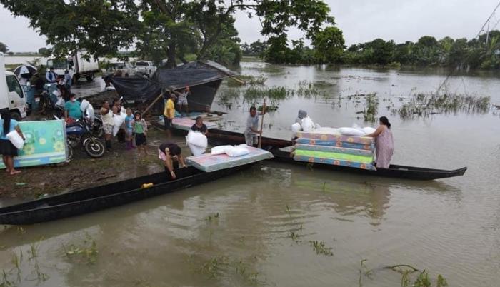 canoa inundaciones