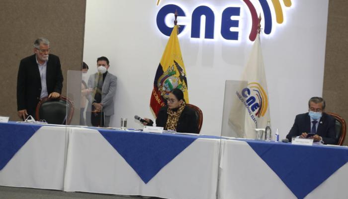 CNE- comité- Debate