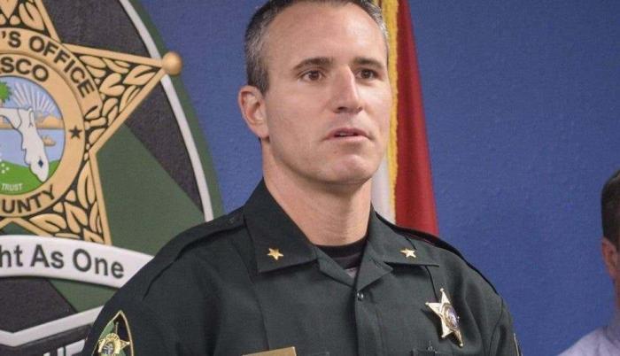 El alguacil de Pasco, Chris Nocco.