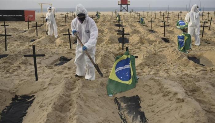 Pese a que Brasil es el epicentro mundial de la pandemia, el líder de la ultraderecha brasileña reforzó este lunes su negacionismo y resaltó que el país es un