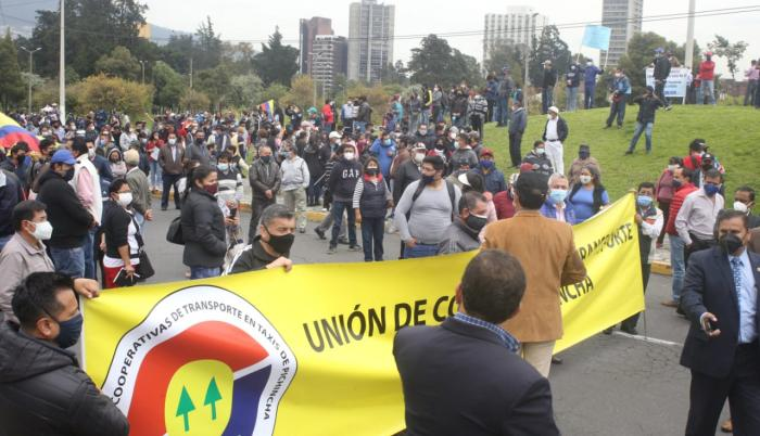 Los transportistas cumplieron una marcha pacífica en Quito.