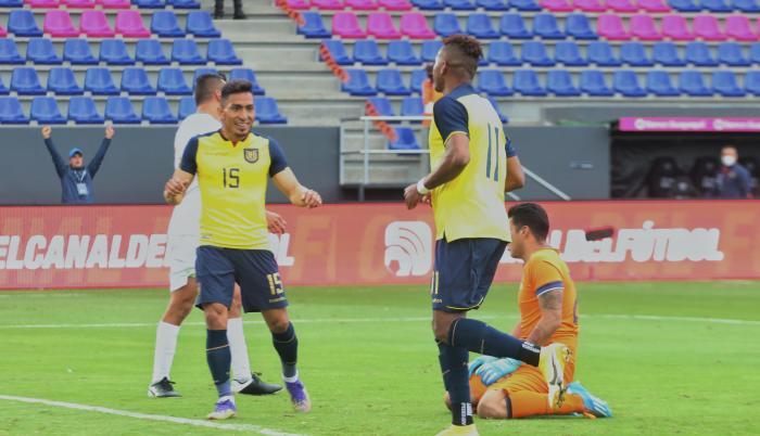 Selección-ecuatoriana-amistoso-Bolivia
