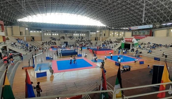 Coliseo-kickboxing-JoelCahuasquí