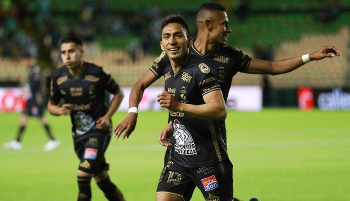 Ángel-Mena-delantero-León