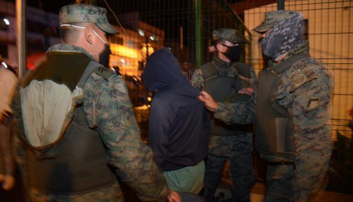 Militares- decreto- excepción- corte
