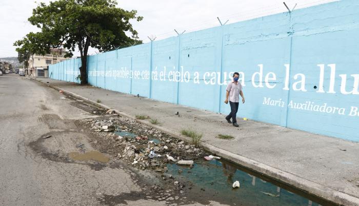 MURAL PINTADO POR EL  (33180697)