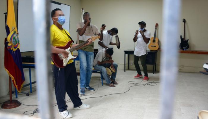 Es el laboratorio donde los integrantes del grupo musical ensayan tres veces por semana.