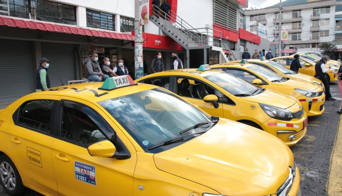 Taxis-Quito-Remocion