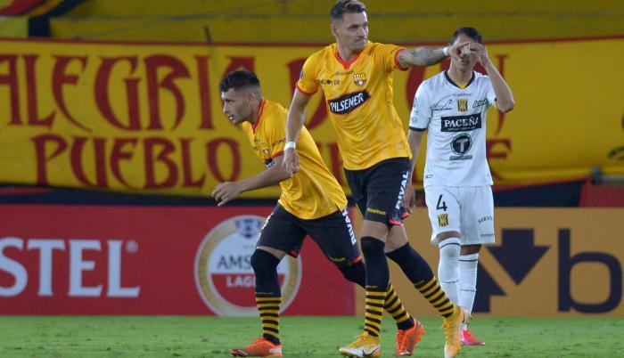 Carlos Garcés volvió a anotar con Barcelona, lleva dos goles en Copa Libertadores.